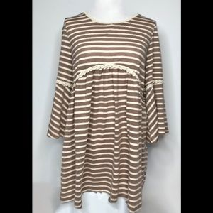 Easel (Anthro) Striped Tunic with Crochet Trim